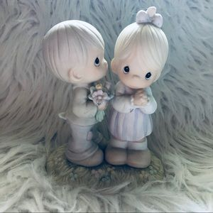Precious Moments LOVE IS FROM ABOVE figurine